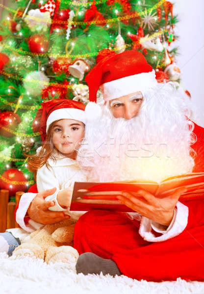 Magie christmas verhaal cute meisje kerstman Stockfoto © Anna_Om