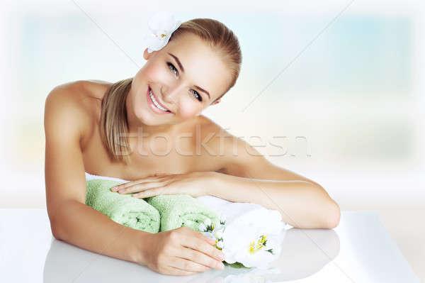 Nő élvezi nap fürdő portré gyönyörű Stock fotó © Anna_Om