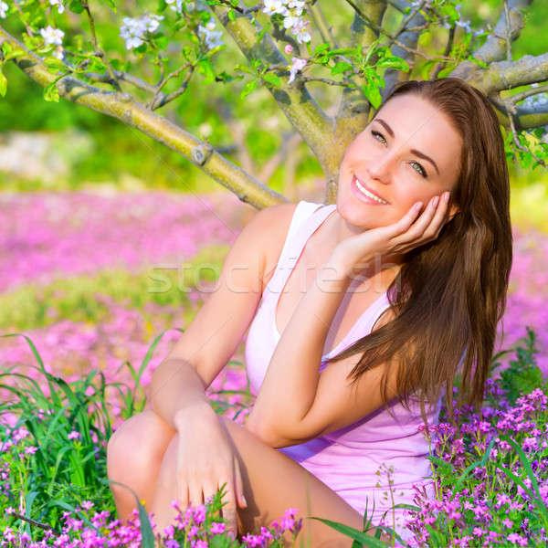Rüya gibi kız bahar bahçe portre Stok fotoğraf © Anna_Om