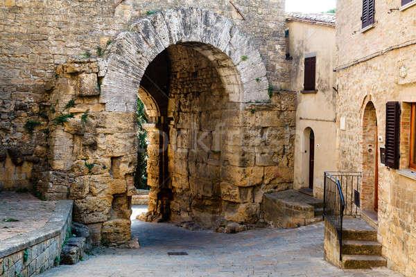 узкий улице древних ворот Италия город Сток-фото © anshar