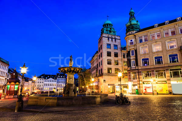 Szökőkút tér este Koppenhága Dánia égbolt Stock fotó © anshar