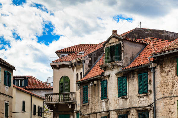 Traditionnel maisons rouge carrelage toits Croatie Photo stock © anshar