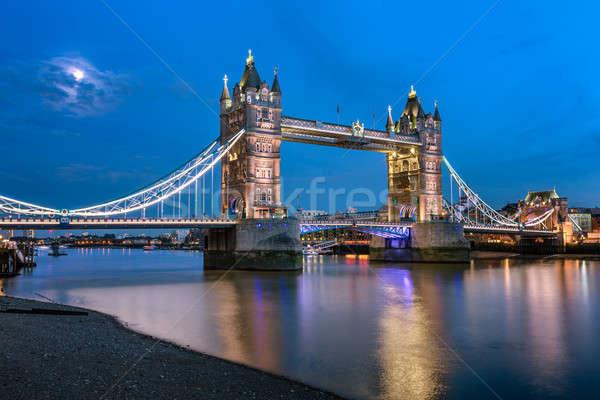 Tower Bridge Temze folyó holdfény este London Stock fotó © anshar