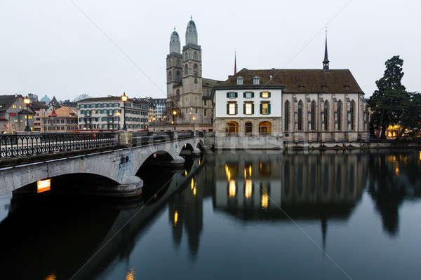 Görmek kilise Zürih şehir merkezinde akşam İsviçre Stok fotoğraf © anshar