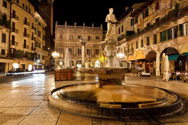 Verona Itália parede luz arte urbano Foto stock © anshar
