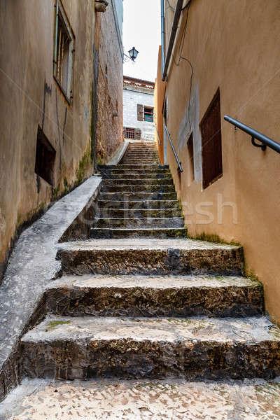 étroite rue médiévale ville Croatie ciel Photo stock © anshar