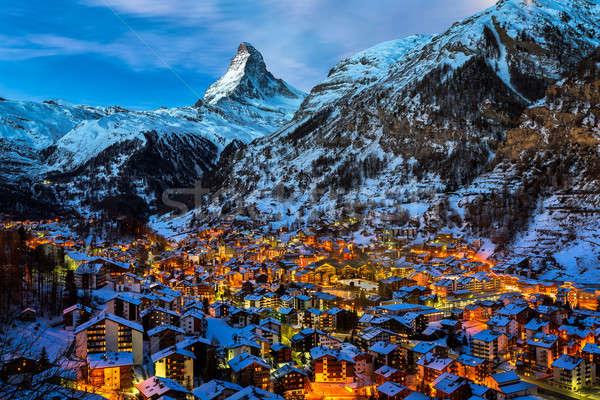 ストックフォト: 谷 · ピーク · 夜明け · スイス · 家