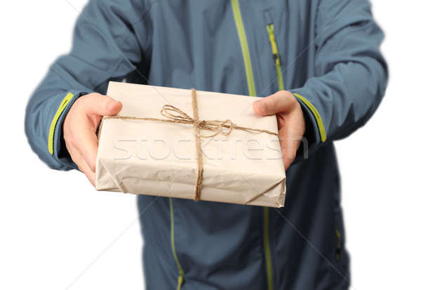 Mail pakketdienst mannelijke koerier dienst werknemer Stockfoto © Anterovium