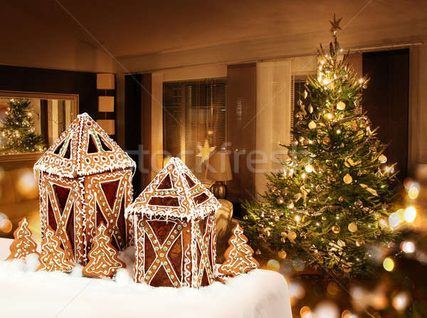 Pão de especiarias bolinhos árvore de natal quarto árvore Foto stock © Anterovium