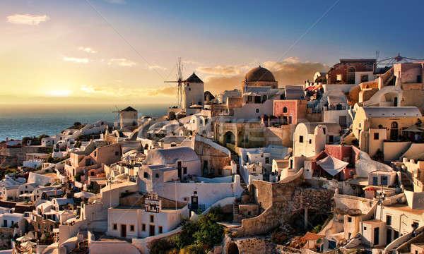 Foto stock: Santorini · hermosa · anochecer · pueblo · isla