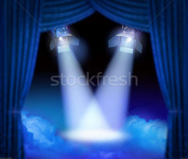 Première fase dramatisch theater kleur rook Stockfoto © Anterovium
