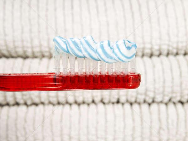 Creme dental verme vermelho escova de dentes completo branco Foto stock © antonprado