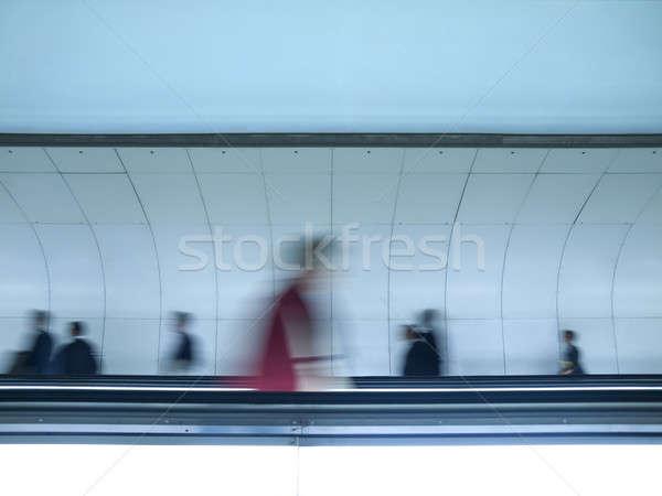 Inny sposób zamazany ludzi spaceru Zdjęcia stock © antonprado