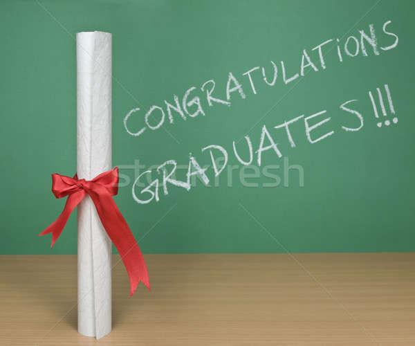 Gratulacje absolwenci napisany Tablica dyplom działalności Zdjęcia stock © antonprado