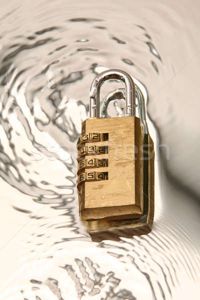 Kombinasyon asma kilit su teknoloji güvenlik anahtar Stok fotoğraf © arcoss