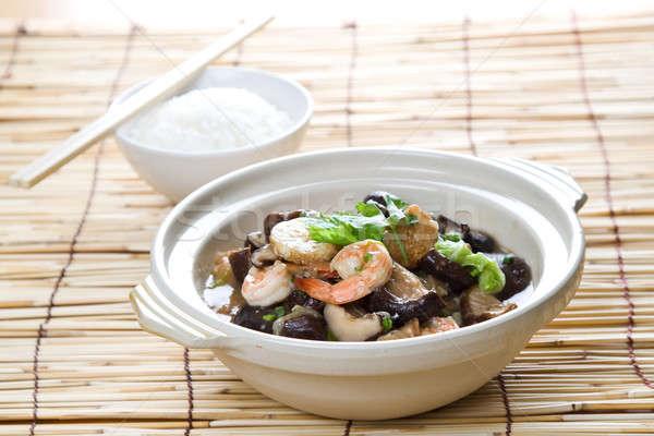 Kínai étel lövés tengeri hal tál rizs bambusz Stock fotó © aremafoto