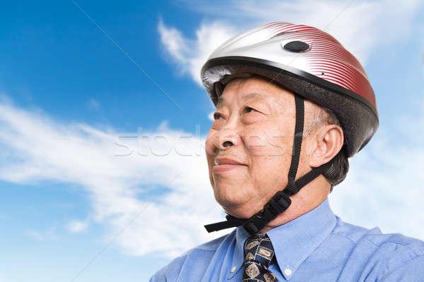 Aktif kıdemli Asya işadamı bisiklet Stok fotoğraf © aremafoto