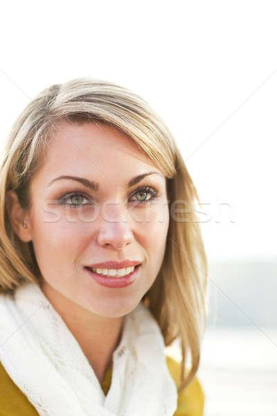 Foto stock: Hermosa · caucásico · jóvenes · mujer · sonriente · mujer