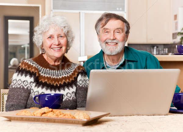 Photo stock: Couple · de · personnes · âgées · portrait · heureux · maison · internet