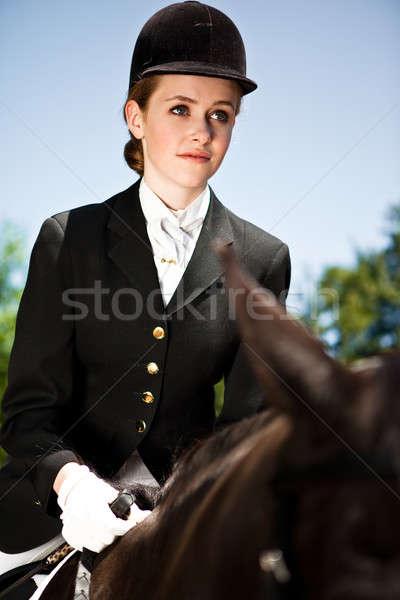 Paardrijden meisje kaukasisch paardrijden paard outdoor Stockfoto © aremafoto