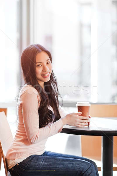 Femme potable café coup belle asian Photo stock © aremafoto