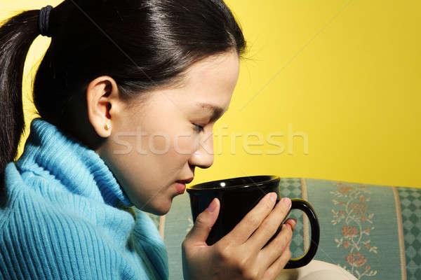 красивая женщина горячий напиток девушки Сток-фото © aremafoto