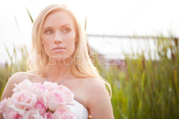 Schönen Braut erschossen Freien glücklich Stock foto © aremafoto