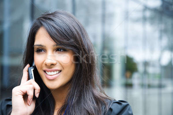 Stockfoto: Indian · zakenvrouw · telefoon · shot · praten · outdoor
