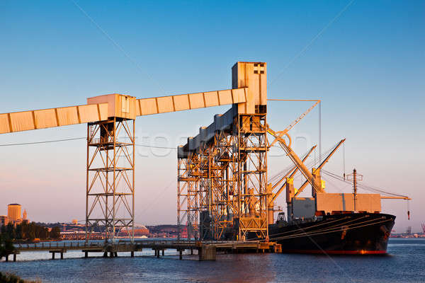 Shipping port Stock photo © aremafoto