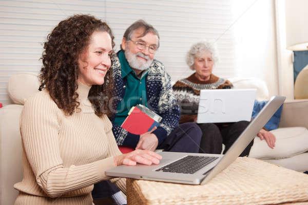 Foto d'archivio: Famiglia · laptop · shot · tempo · home · tecnologia