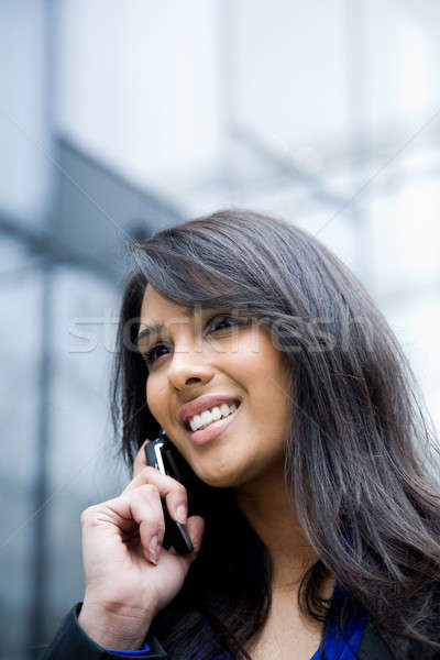 Stockfoto: Indian · zakenvrouw · telefoon · shot · praten · outdoor