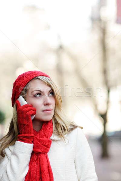 Stock fotó: Kaukázusi · nő · telefonál · gyönyörű · nő · beszél · telefon