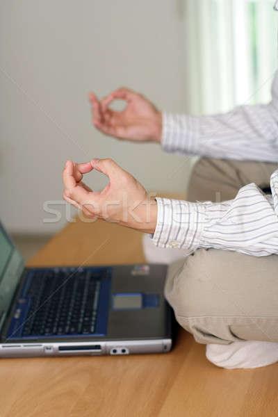 üzletember elvesz törik meditál iroda üzlet Stock fotó © aremafoto