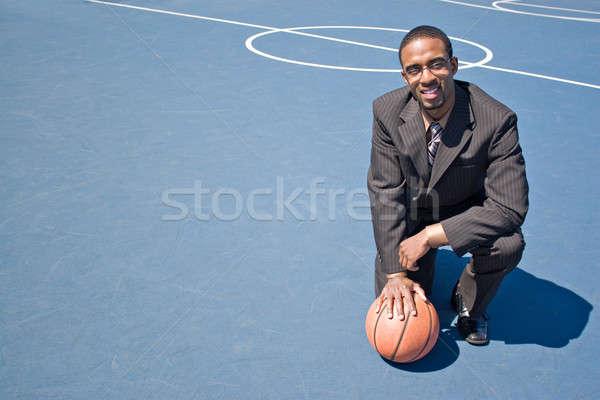 Esportes profissional moço negócio terno posando Foto stock © ArenaCreative