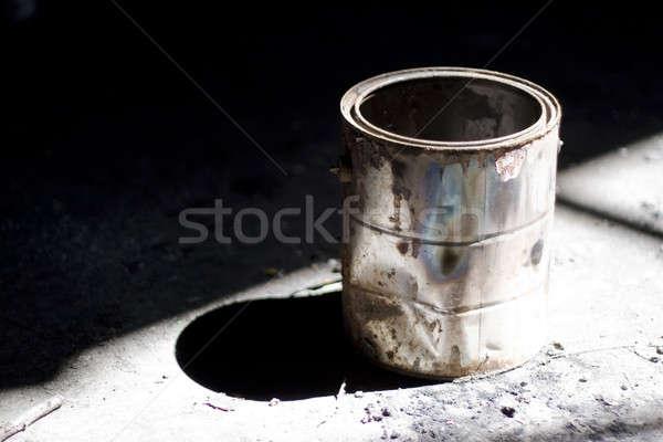 Vecchio secchio di vernice ancora vita shot arrugginito drammatico Foto d'archivio © ArenaCreative