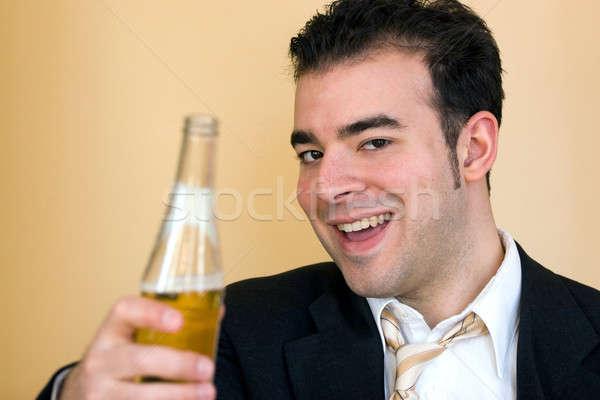 Hier koud bier jonge zakenman aanbieden Stockfoto © ArenaCreative