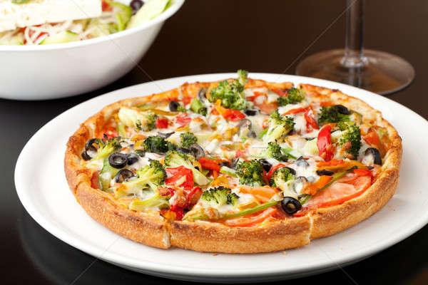 Specialitás pizza friss méret extra forró Stock fotó © ArenaCreative