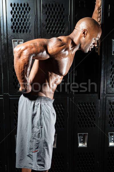 снизить портрет мышцы фитнес человека Сток-фото © arenacreative