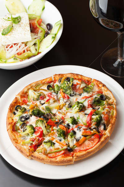 Combinazione pizza fresche dimensioni specialità Foto d'archivio © ArenaCreative