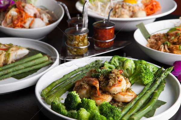 Сток-фото: креветок · азиатских · блюд · морепродуктов · блюдо · брокколи