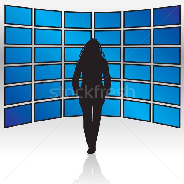 Muur breedbeeld vrouw permanente lcd plasma Stockfoto © ArenaCreative