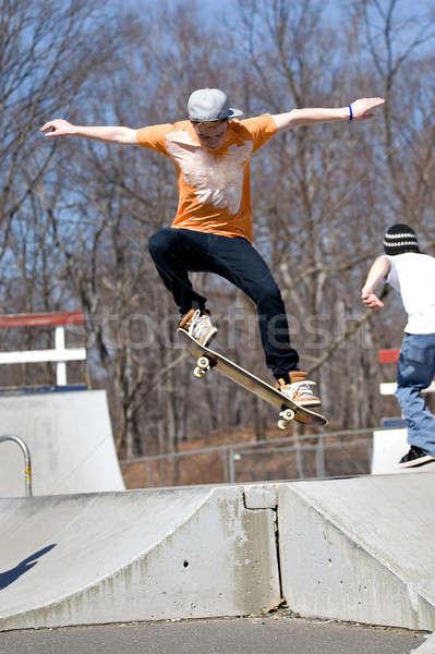 скейтбордист прыжки портрет молодые Перейти Сток-фото © ArenaCreative