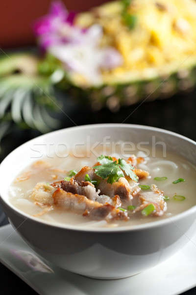 Tailandés sopa crujiente cerdo primer plano Foto stock © arenacreative