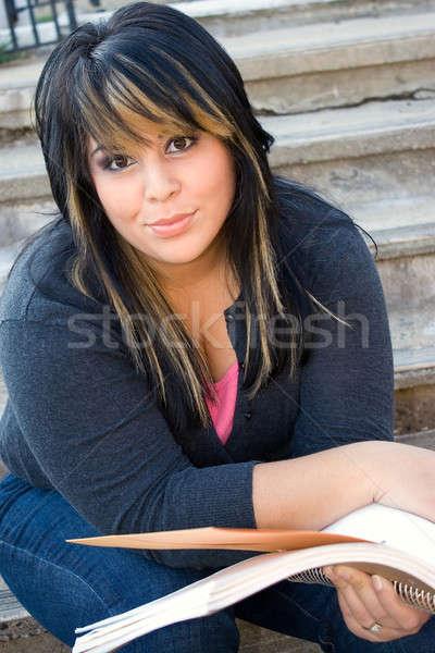 Foto stock: Mulher · leitura · mulher · jovem · cabelo · livro · lição · de · casa