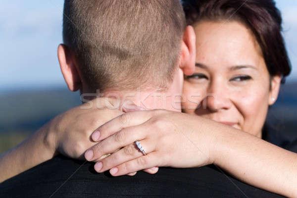 Foto stock: Comprometido · casal · jovem · feliz · raso · campo