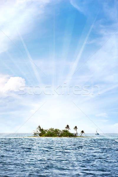 Tropische woestijn eiland klein af kust Stockfoto © ArenaCreative