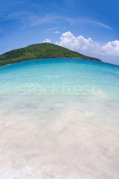 Gyönyörű trópusi sziget széles látószögű halszem kilátás Stock fotó © ArenaCreative