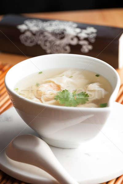 Tajska krewetki zupa puchar łyżka Zdjęcia stock © ArenaCreative
