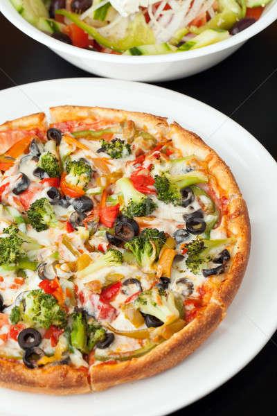 Griego estilo pizza frescos tamaño especialidad Foto stock © ArenaCreative