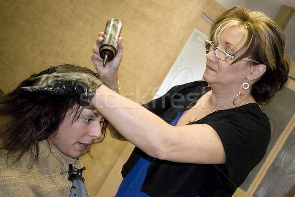 Fodrász ügyfél dolgozik ügyfelek hajszín szalon Stock fotó © ArenaCreative